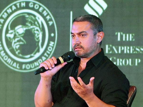 Intolerance Row Anupam Kher Urges Aamir Khan Spread Hope Not Fear