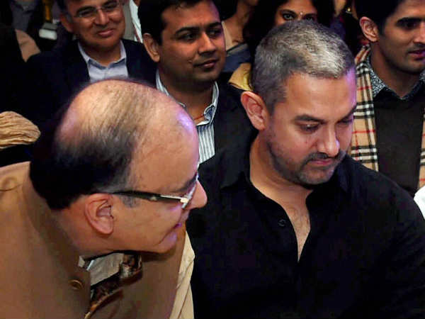 Support Aamir Khan S Decision To Move Out Of India