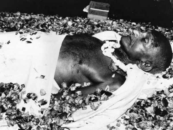 Last Month Of Mahatma Gandhi Life Full Detail In Gujarati