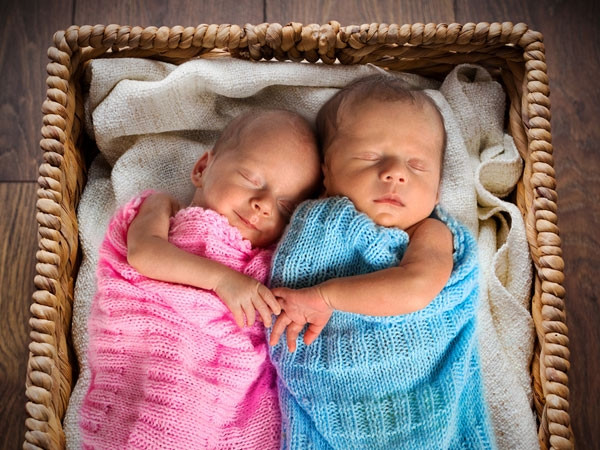 Surprising Things Which Increase Chances Giving Birth Twins