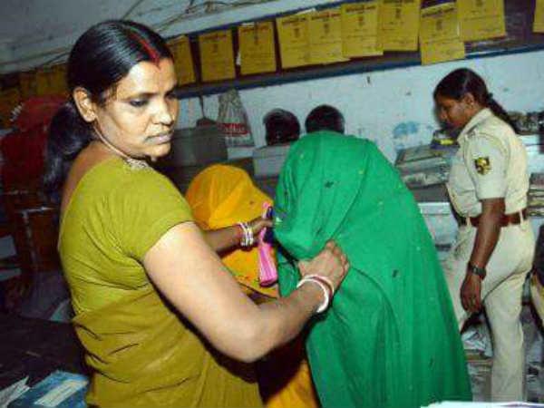 Bihar Police Busted Women Robbers Racket