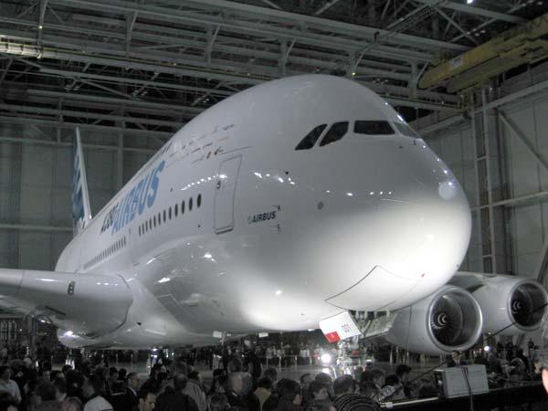 Airbus A380 Is Biggest Passenger Plane World