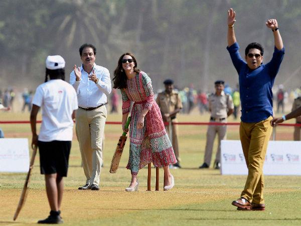 Royalvisitindia Prince William Kate Played Cricket Sachin Tendulkar