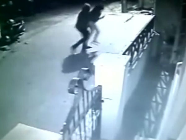 Video Bengaluru Girl Abducted And Molested Outside Pg