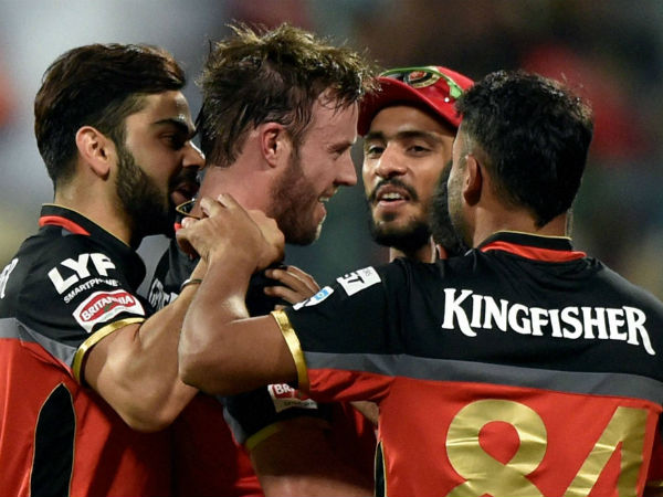 Ipl 2016 Ab De Villiers 79 Takes Rcb Into Final Beat Gujarat 4 Wickets