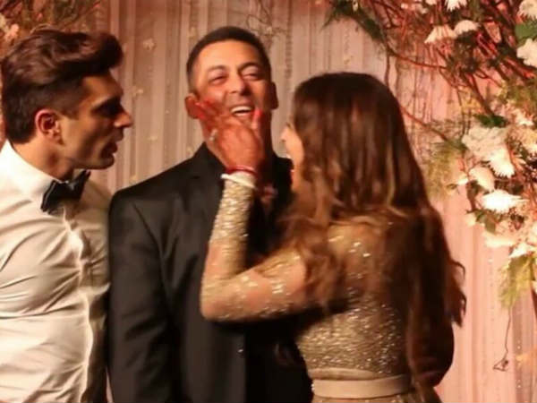 When Bipasha Basu Teased Salman Khan At Her Wedding Reception See Pics