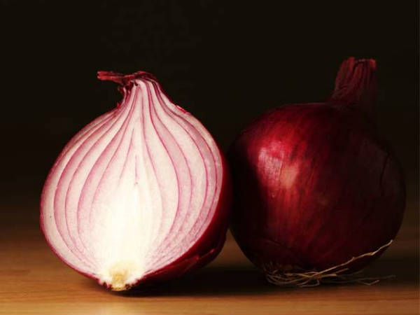 Seven Surprising Health Facts About Onions