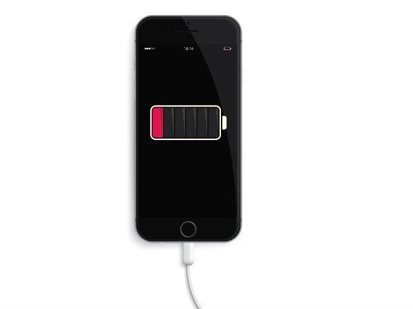 સ્માર્ટફોન ચાર્જ કરતી વખતે ના કરો આ 5 ...
