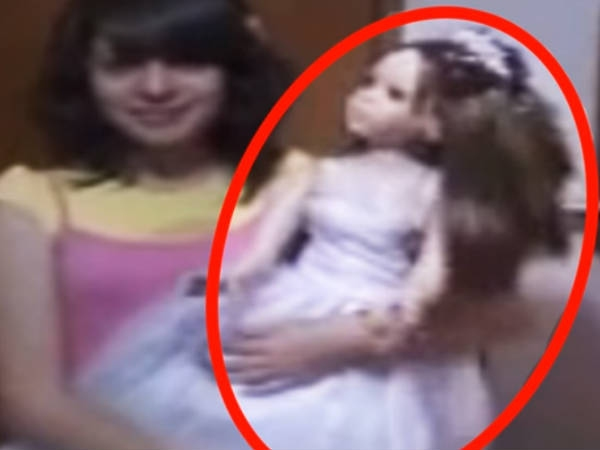 Haunted Dolls Caught On Camera Moving