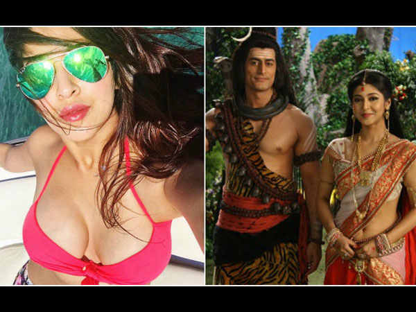 Mahadev Actor Sonarika Bhadoria Trolled Wearing Bikini