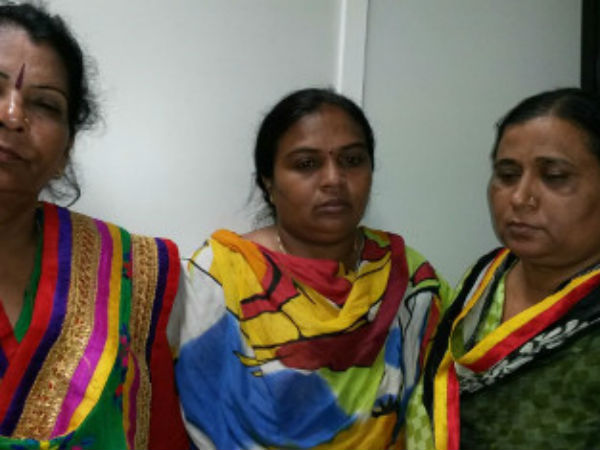 Female Pi Taking Bribe Ahmedabad