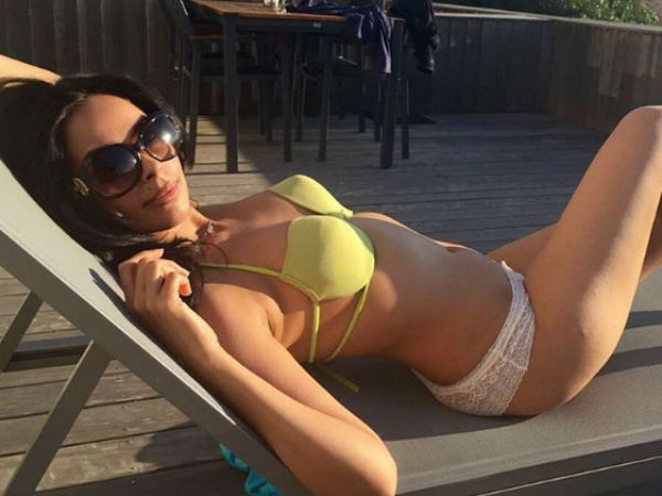 Mallika Sherawat Enjoing Her Holiday At France