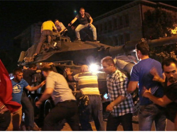 Turkey Coup Tanks Soldiers Are The Streets Protesters Mustering Forces