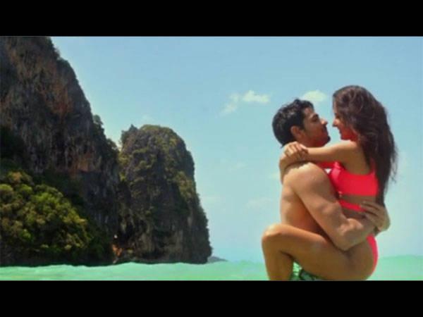Katrina Kaif Hot Bikini Pics From Baar Baar Dekho Trailer