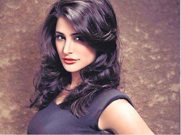 Actress Nargis Fakhri Cheated Rs 6 Lakh Via Cloned Credit Card