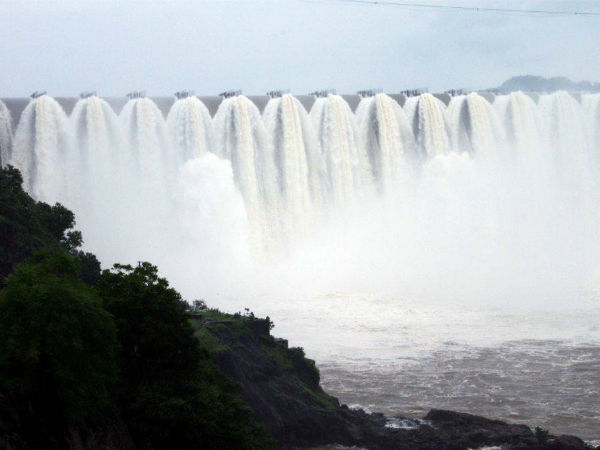 Farmers Will Not Get Water Due Less Water Narmada Dam