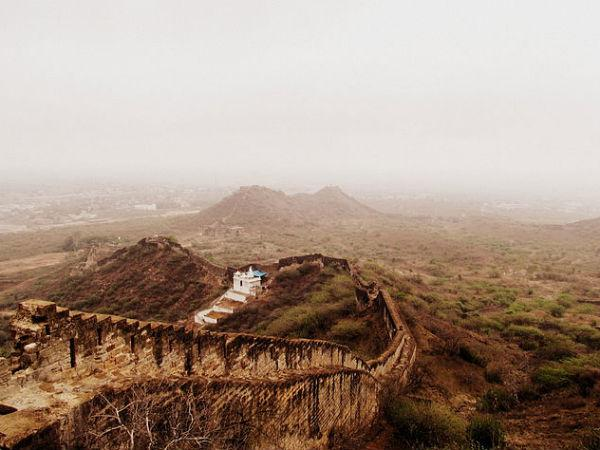 Bhujia Fort In Bhuj Know The Unknown Facts