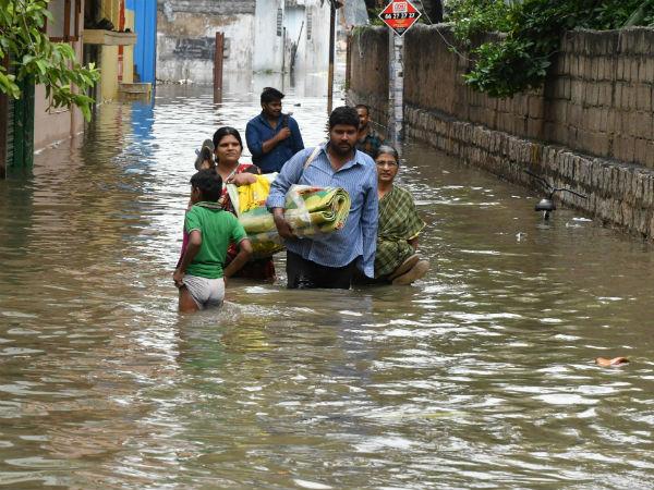 Pics Heavy Rainfall Guntur Andhra Pradesh Rescue Operation