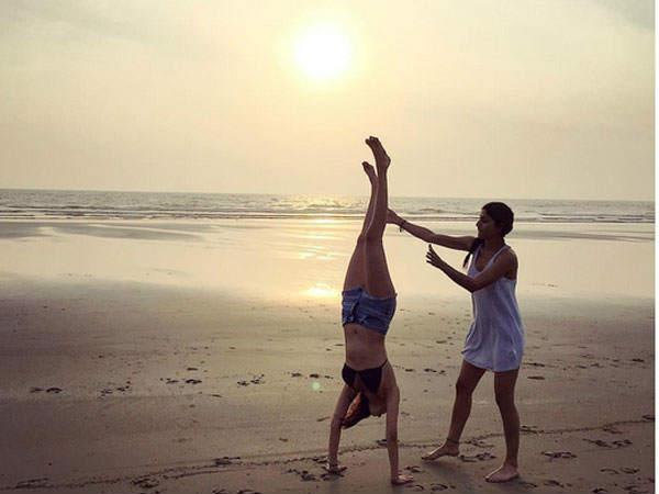 Actress Amyra Dastur Hot Bikini Pics