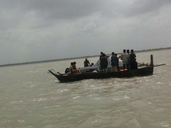 High alert in saurashtra as suspicious boat of terrorists entered from karachi