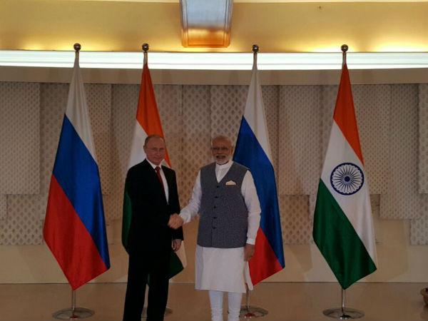 Prime Minister Narendra Modi Meets Russian President Vladimi