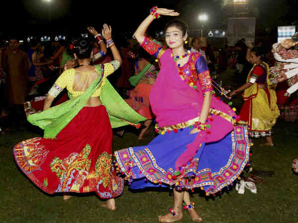 Know Which Dress You Should Wear According Navratri
