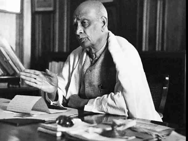 Sardar Vallabhbhai Patel 31 October 1875 15 December