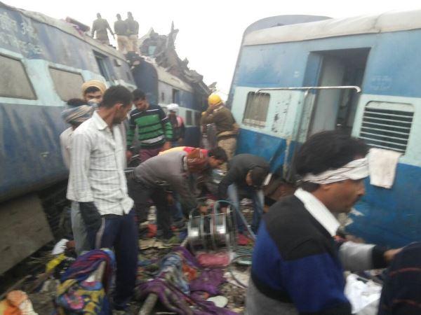 Six Coaches Patna Indore Express Derails Near Pukharayan Kan