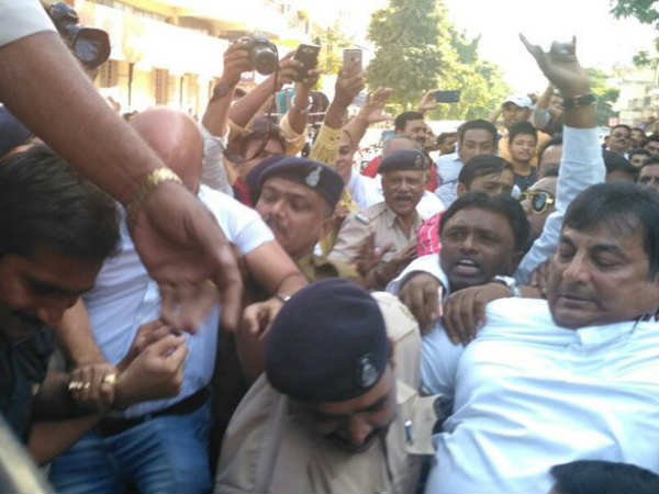 Gujarat Congress Protest On Demonetisation
