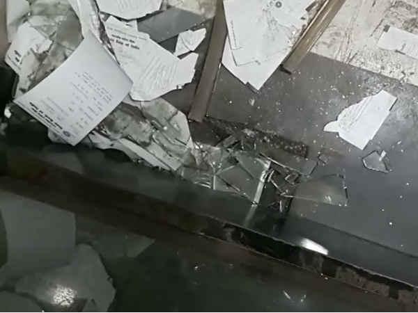 Public Fighting Before Rajula Sbi Atm Gujarat