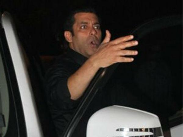 Salman Khan Miffed With Photographers Clicking Iulia Vantur