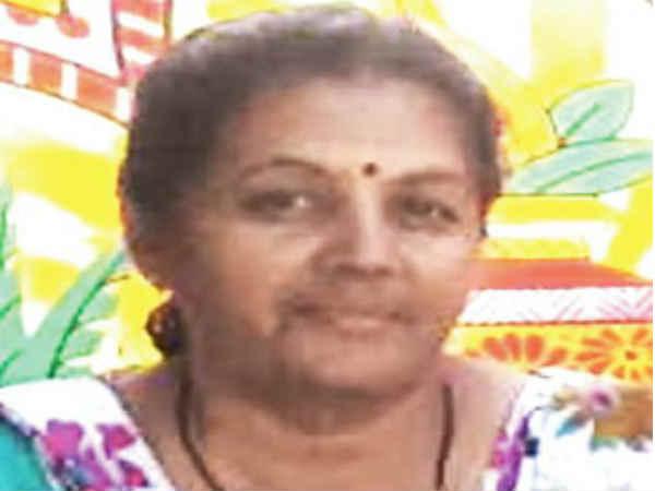 Rajula Junagadh Woman Revenue Officer Arrested 2 5 Crore Pr