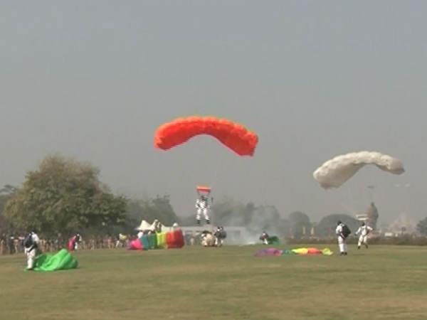 Vibrant Gujarat 2017 Gandhinagar Air Show Photos