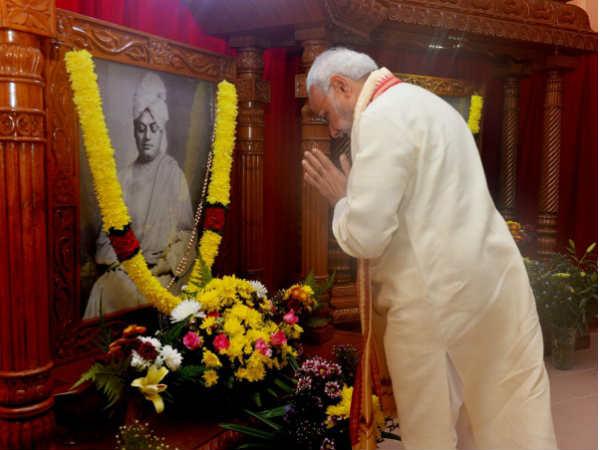 વડાપ્રધાન નરેન્દ્ર મોદીએ સ્વામી વિવેકાનંદને કંઇક આ રીતે કર્યા યાદ..