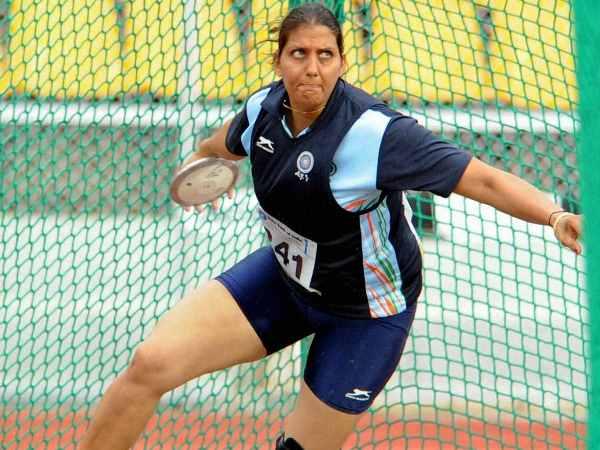 Olympian Krishna Poonia Saves Girls From Harassment