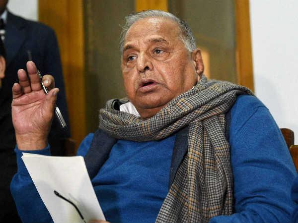 Election Commission Final Call On Samajwadi Party Mulayam To Meet Ec