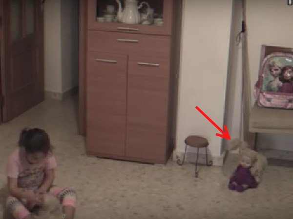 Viral Video : નબળા હૃદય વાળા લોકો આ Video જોવો નહીં, CCTVમાં ભૂત