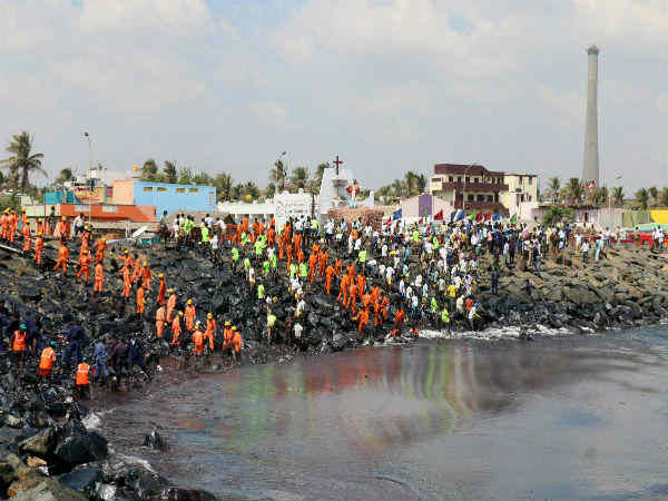 Chennai Oil Spill 10 Days To Clean Ennore Alone Says Coast Guard