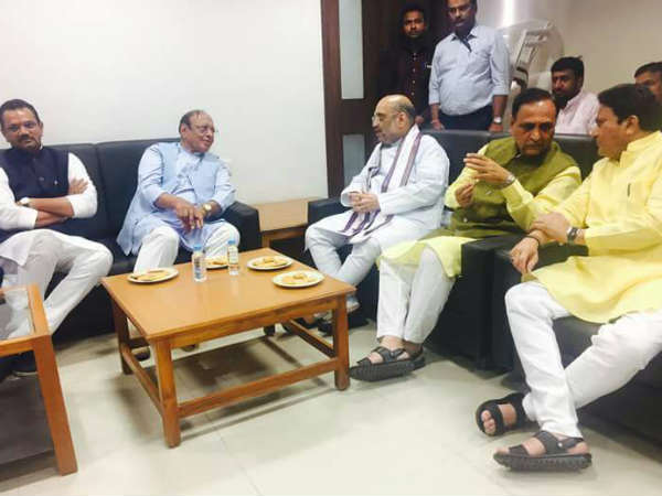Amit Shah Meeting With Congress Leader Shankersinh Vaghela