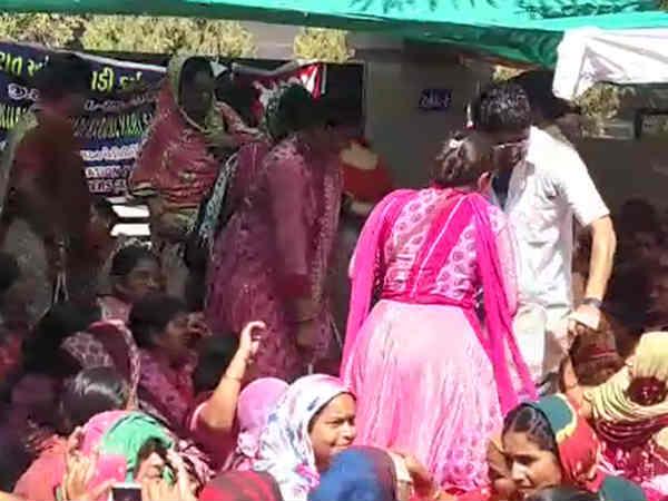 Rajkot 5 Anganwadi Worker Fall Sick After Hunger Strike