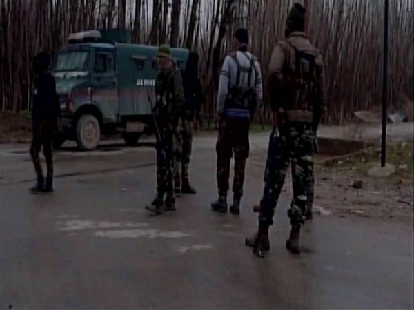 Jammu Kashmir Terrorist Reportedly Killed Pulwama Encounter