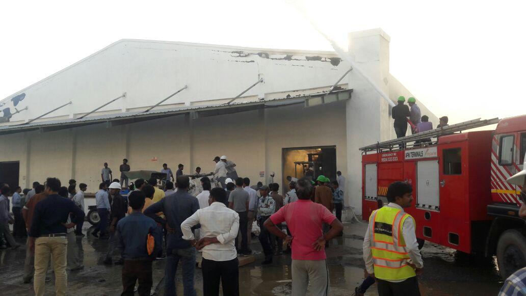 સિન્ટેક્ષ કંપની ગોડાઉનમાં લાગી ભયાનક આગ