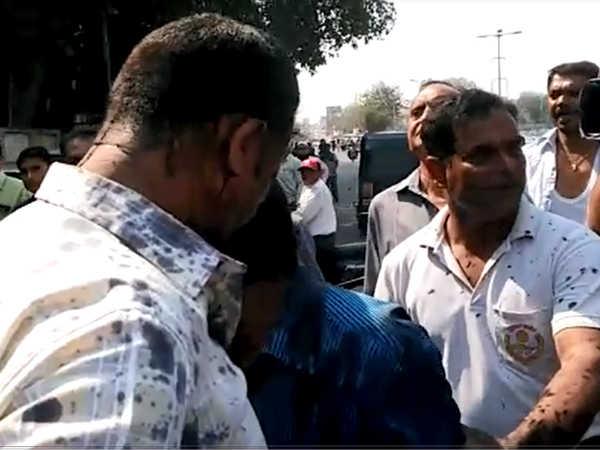 Mansukh Shah Bribe Case Acb Get Only 3 Days Remand