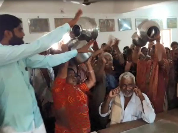 વિશ્વ જળ દિવસે પાણીને લઇને મહિલાઓએ કર્યો  હંગામો