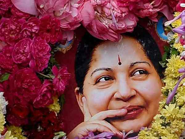 Aiadmk Leader Says Jayalalithaa Was Hospitalised After Someone Pushed Her