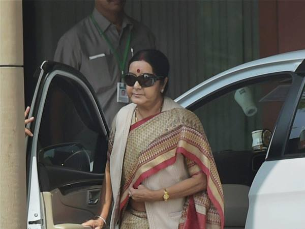 Sushma Swaraj Seeks Reports From Up Govt Over Attack On Nigerian Students