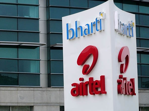 Airtel Said Jio Did Not Follow Trai Regulation On Its Scheme