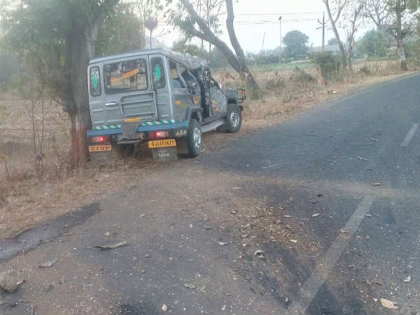 Accident Near Ghoghamba District 6 Died
