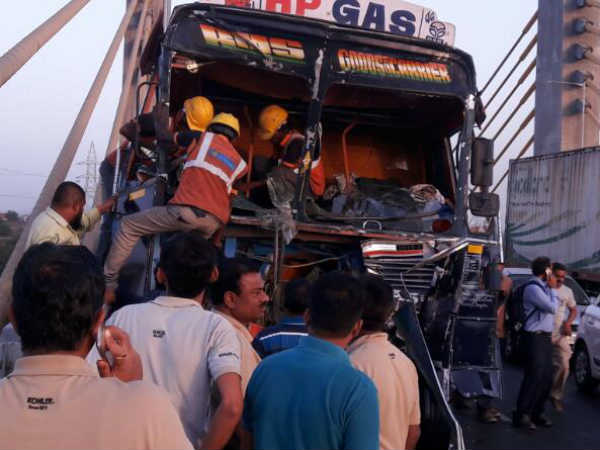Bharuch Accident Happened Between Two Tanker At New Cable Bridge