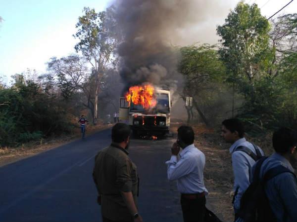 Bharuch St Bus Caught Fire 20 Passenger Stuck The Bus